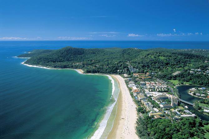 picture-new-noosa-main-beach